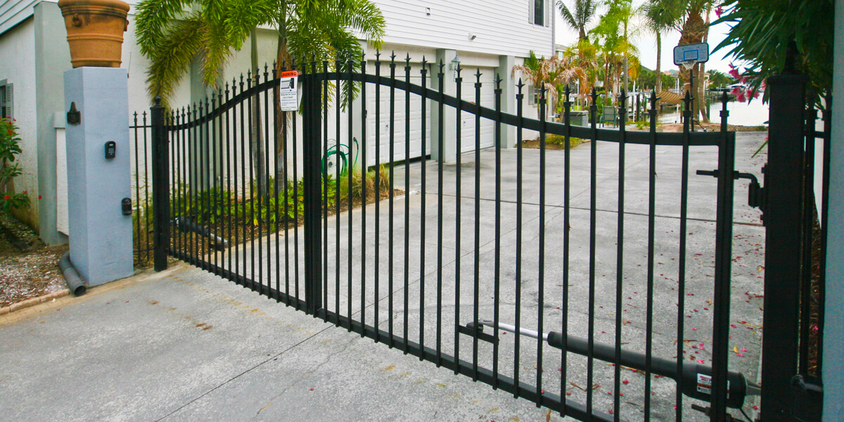 Decorative Metal Driveway Gates | Mighty Mule